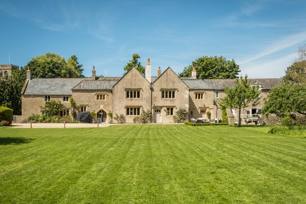 The Old Monastery | Luxury Self-Catering | Burton Bradstock, Dorset