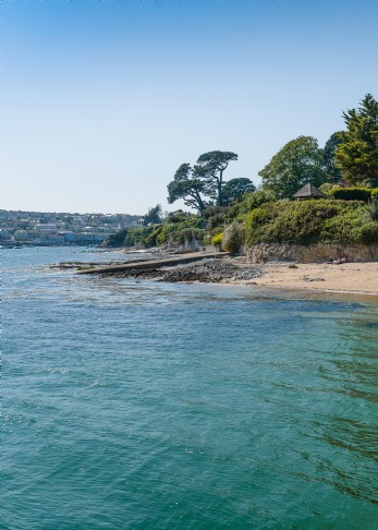 The Redes luxury self-catering cottage near Mylor, Cornwall