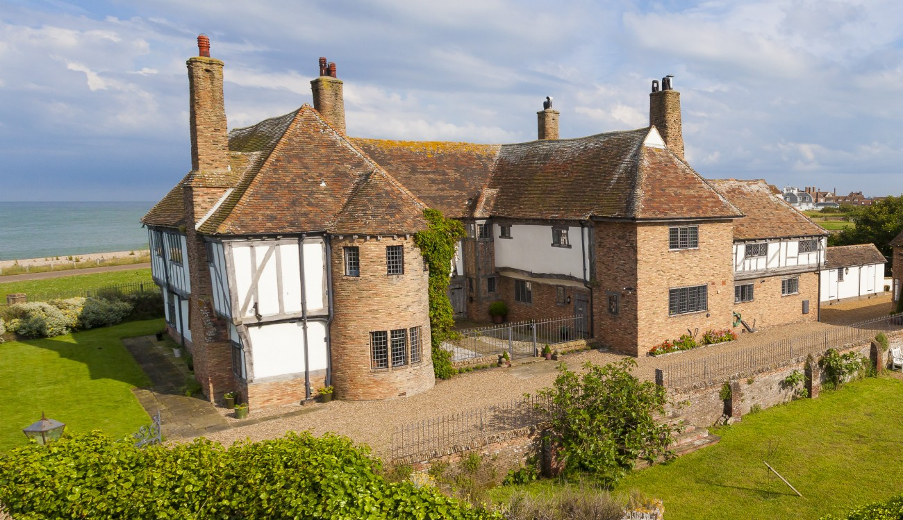 The Restoratory | Luxury Self-Catering House | Sandwich Bay, Kent