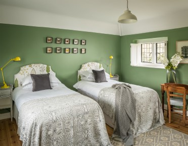Luxury self-catering cottage in Sandwich Bay