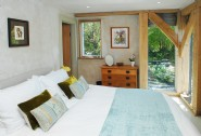 Luxury kingsize bedroom, complete with en suite bathroom