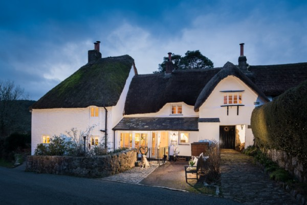 A Dog Friendly Luxury Holiday Cottage In North Bovey Dartmoor Devon
