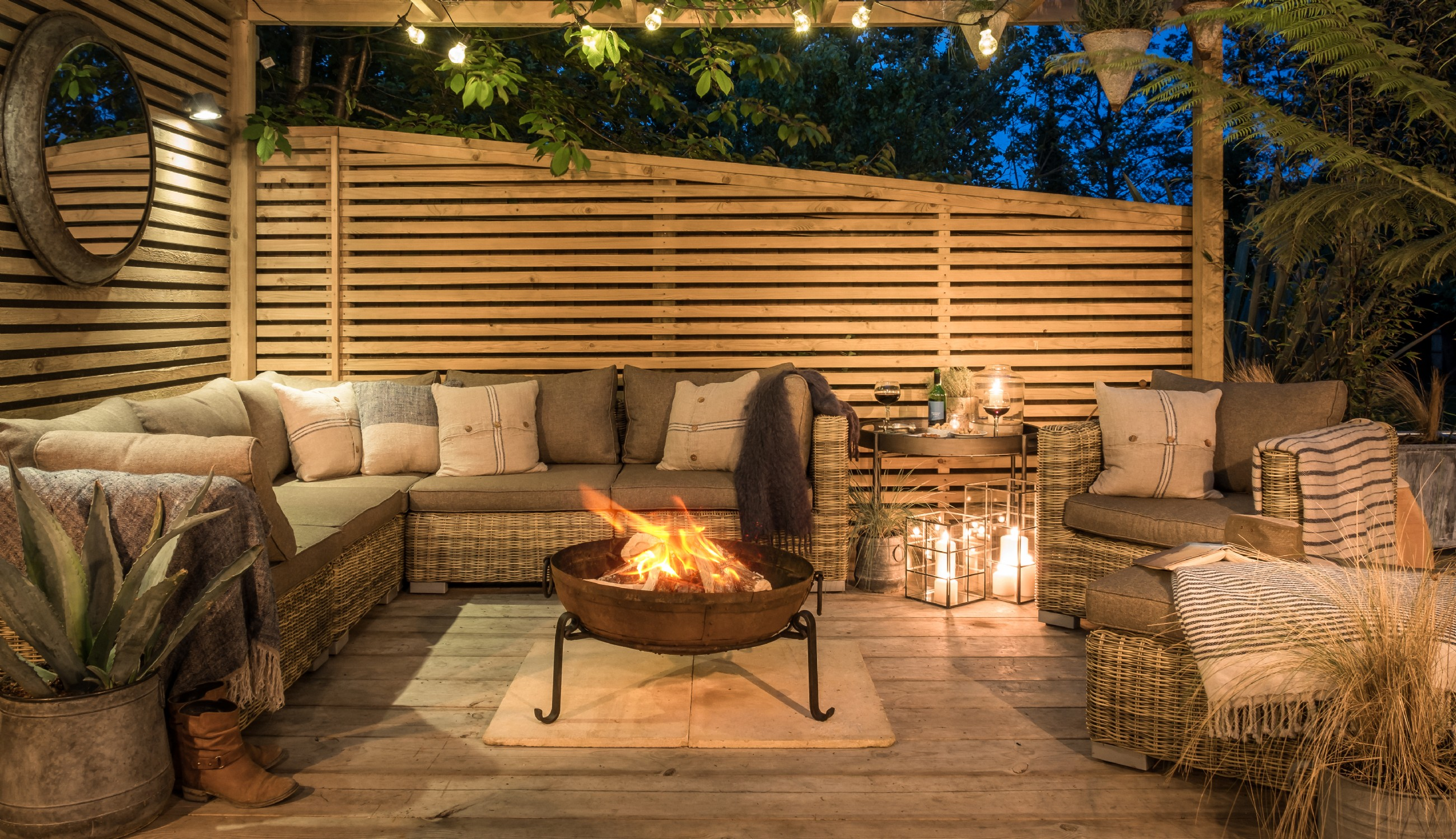 Luxury self-catering hot tub retreat in Lymington near the New Forest