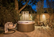 This luxury country retreat with hot tub is perfect for romantic getaways