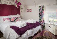 The Sea Rose a luxury holiday cottage in Cadgwith Cove