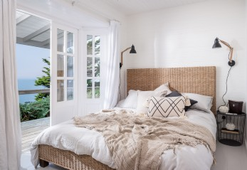 Luxury beach cabin, Whitsand Bay