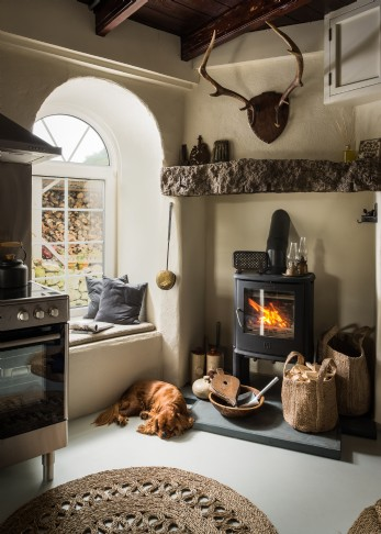 Characterful kitchen perfect for home baking