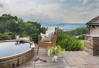 Luxury self-catering in the Brecon Beacons, Wales