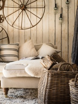 Industrial flavour at this rustic barn