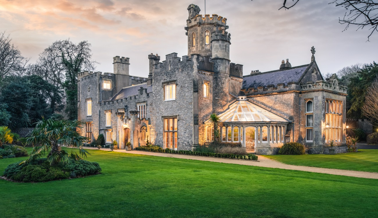 Thornemead Castle | Luxury Self-Catering | Weston-Super-Mare, Bristol