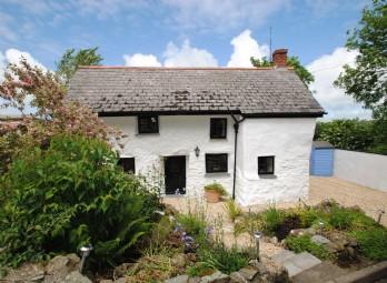 Tipsy Cottage