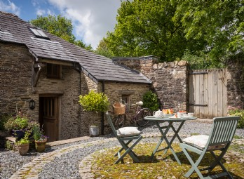 Twelve Penny Barn, Lewdown, Devon, UK