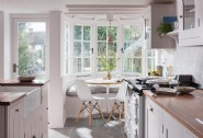 Enjoy long brunches in the sunny breakfast nook