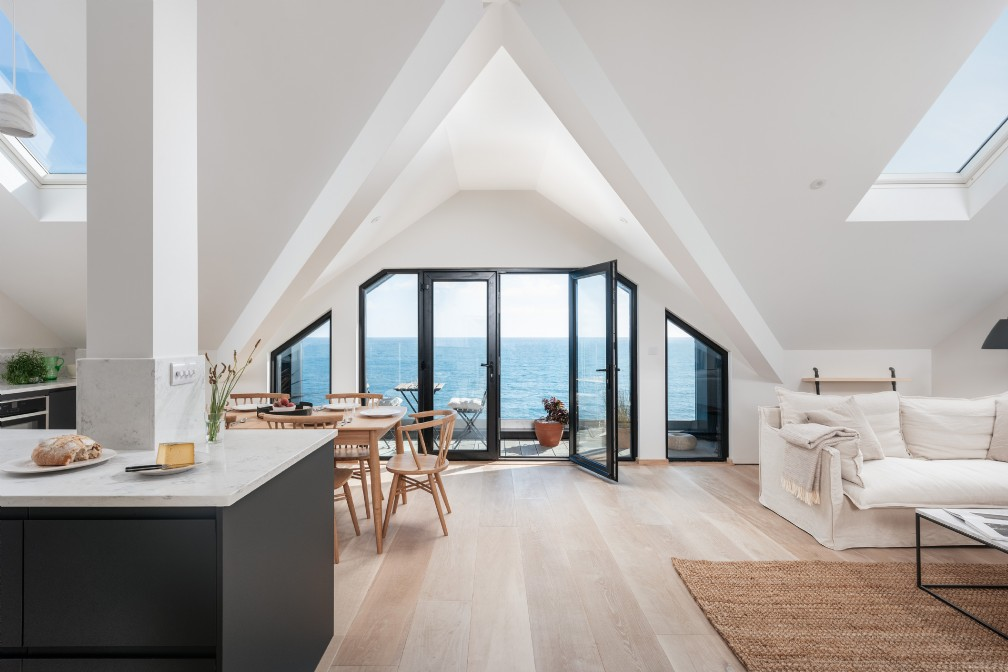 Luxury self-catering beach house | Porthleven | The Lizard | Cornwall