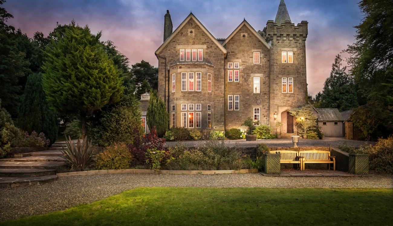 Exclusive Country Manor House Weddings at Florin in Wales