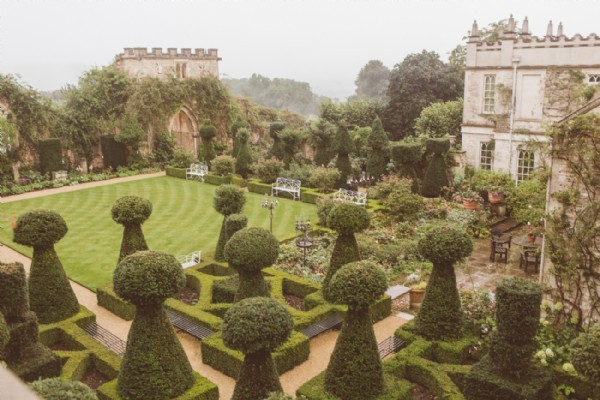 An Utterly Romantic Wedding Venue In The Golden Cotswolds