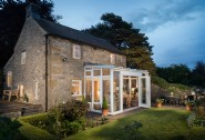 Winsmore Cottage sits in the heart of the Peak District