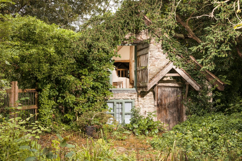 Wishbone | Luxury Self-Catering Rustic Cottage | Malvern Hills