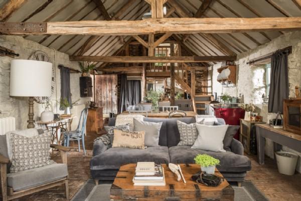Malvern Hills Luxury Rustic Self Catering Barn Conversion