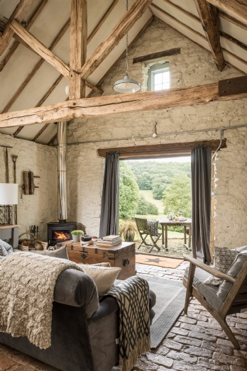 Luxury barn conversion for self-catering breaks in the Malvern Hills