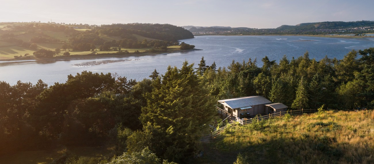 Ebony Wood - Self-catering accommodation in Wales