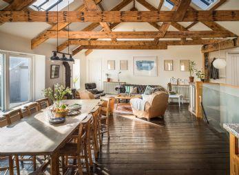 Luxury Group Accommodation UK