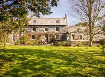 Arcalia Farmhouse in Blisland, Bodmin Moor North Cornwall
