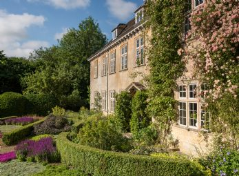 Honeystone Manor near Burford in Oxfordshire