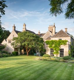Luxury Self-Catering Large Country Houses