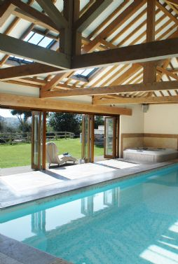 Luxury self-catering with indoor swimming pool in Cornwall