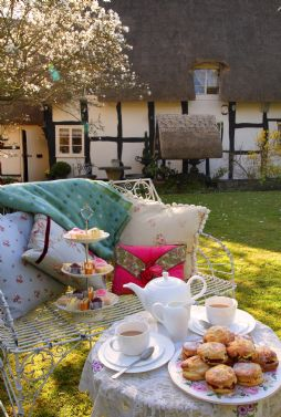 Private English Garden Accommodation in the Cotswold´s