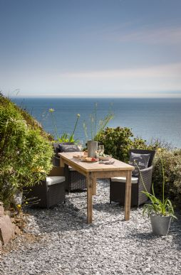 Unique luxury self-catering beach houses in Cornwall