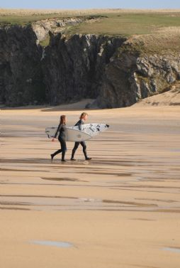 Luxury surfing holidays in Cornwall