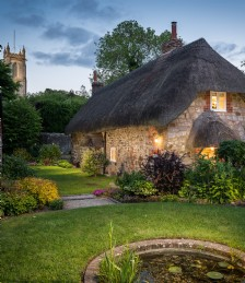 10 Magical Fairytale Cottages In the English Countryside
