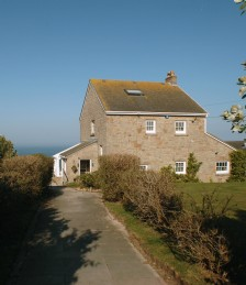 Cottage of the Week - Sennen Cove Beach