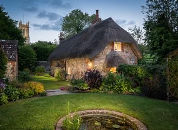 faerie-door-cottage